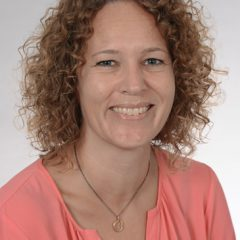 Jannie Elgaard (JE)