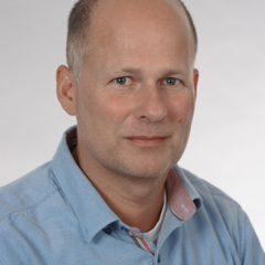 Tom Gerlach (TG)
